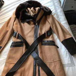 Gorgeous Via Spiga camel coat (plus)